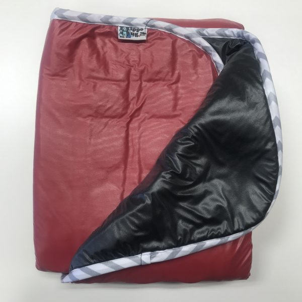 $250 Wide Weighted Blanket (55x35) 14lbs - Red - Black