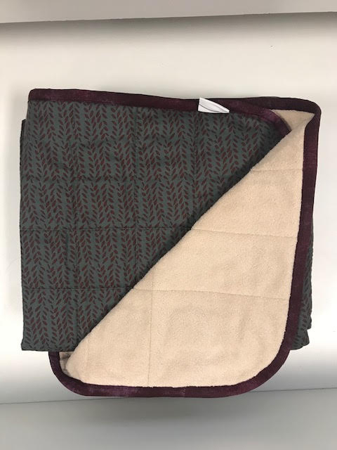 $270 - 40x60 10lbs - Cranberry - Compared $290 save $20