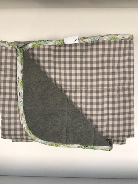 $300 - 40x60 15lbs - Grey Gingham - Compared ay $315 save $15